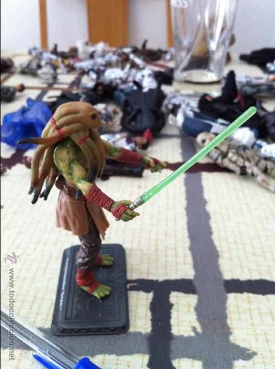 Figuras y Muñecos Star Wars: Maestro Jedi Kit Fisto, versión serie Clone Wars. Jugado por mi hijo. - Foto 2 - 52382718