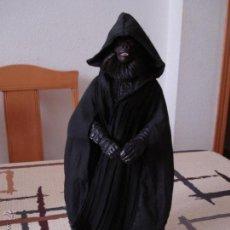 Figuras y Muñecos Star Wars: STAR WARS. MAESTRO SITH. FIGURA ARTICULADA DE ESCALA 1/6. CON ESPADA SITH.. Lote 54429893