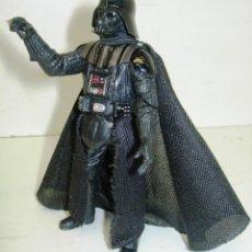 Figuras y Muñecos Star Wars: STAR WARS FIGURA DARTH VADER HASBRO 2005. Lote 56964392