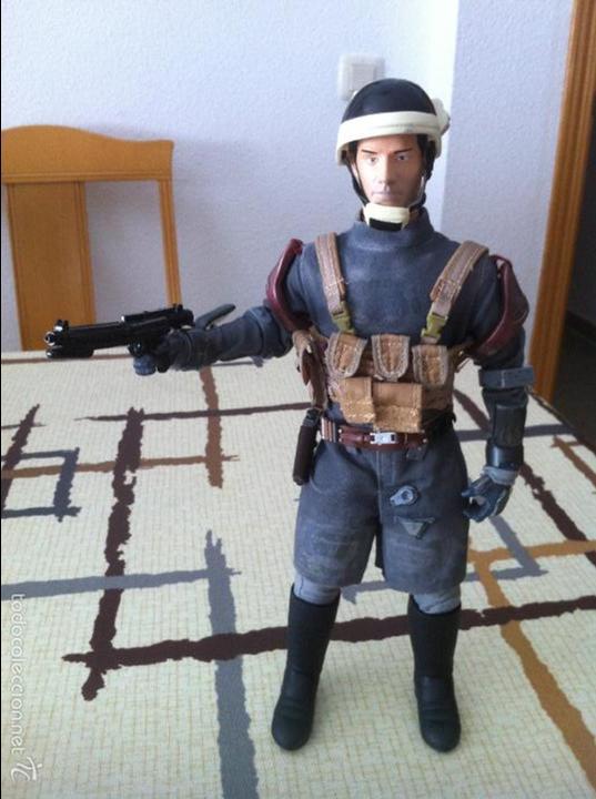Figuras y Muñecos Star Wars: STAR WARS. Oficial de de tropa Crucero Rebelde. Figura 1/6 customizada. Articulada. - Foto 5 - 49854193