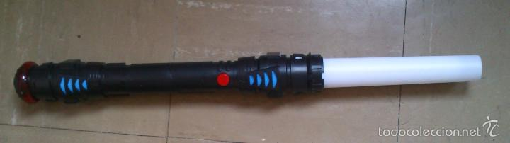 Figuras y Muñecos Star Wars: Espada laser Star Wars: Espada Sith, con luz y sonido - Foto 2 - 58760501