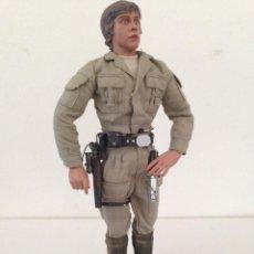 SIDESHOW FIGURA articulada DE Luke Skywalker Rebel Commander 1/6 STAR WARS