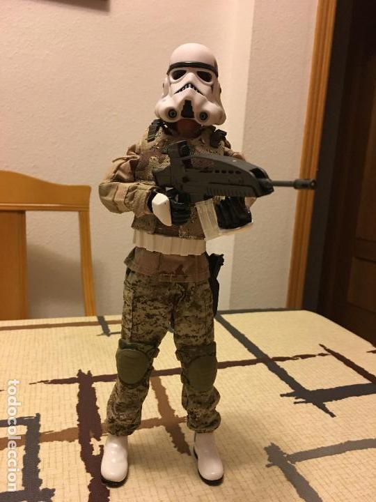 Figuras y Muñecos Star Wars: STAR WARS. Stormtrooper para terreno árido. Unidad de infiltración. Escala 1/6. - Foto 7 - 75753747