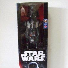 Figuras y Muñecos Star Wars: FIGURA DARTH VADER 30 CM - STAR WARS HASBRO DISNEY JUGUETE LA GUERRA DE LAS GALAXIAS 12 PULGADAS 1/6. Lote 142102953