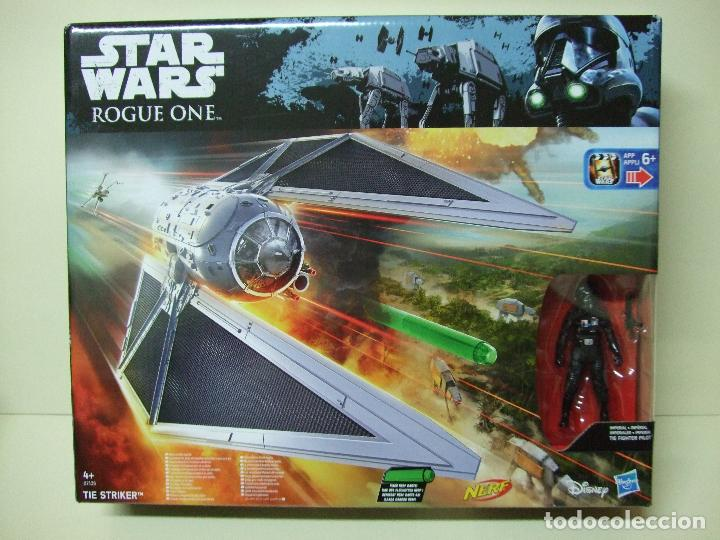 NAVE TIE STRIKER CON FIGURA IMPERIAL TIE FIGHTER PILOT - ROGUE ONE STAR WARS DISNEY HASBRO - NUEVO (Juguetes - Figuras de Acción - Star Wars)