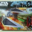 Figuras y Muñecos Star Wars: NAVE TIE STRIKER CON FIGURA IMPERIAL TIE FIGHTER PILOT - ROGUE ONE STAR WARS DISNEY HASBRO - NUEVO. Lote 116447443