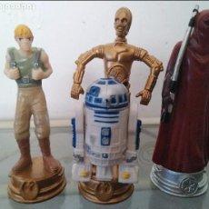 Figuras y Muñecos Star Wars: LOTE 3 FIGURAS STAR WARS LUCASFILM LTD LA GUERRA DE LAS GALAXIAS, MUÑECO AJEDREZ. Lote 94524402