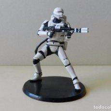 Figuras y Muñecos Star Wars: FIGURA DETALLADA STORMTROOPER STAR WARS LA GUERRA DE LAS GALAXIAS LUCASFILM DISNEY STORMTROOPERS. Lote 100017471