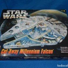 Figuras y Muñecos Star Wars: (M) STAR WARS CUT-AWAY MILLENNIUM FALCON , SKILL LEVEL 2 , AMT ARTL , VER FOTOGRAFIAS. Lote 100067467