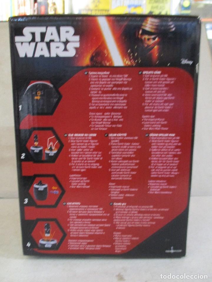 Figuras y Muñecos Star Wars: STAR WARS POP UP DARTH VADER JUEGO DE MESA CON SONIDOS NUEVO SIN ESTRENAR DISNEY - Foto 2 - 104616955