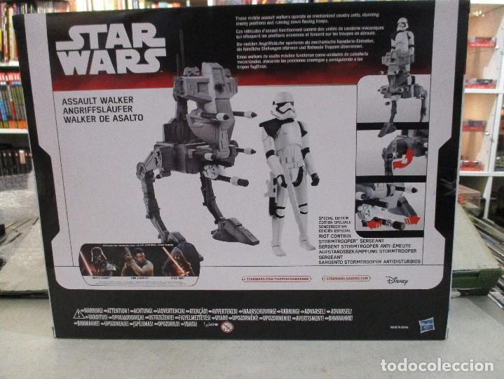 Figuras y Muñecos Star Wars: STAR WARS STORMTROOPER SARGENTO CON WALKER DE ASALTO NUEVO SIN ESTRENAR DISNEY - Foto 2 - 104617407