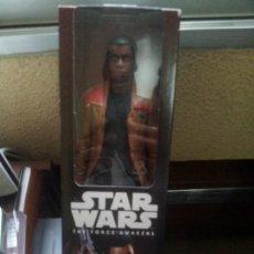 Figuras y Muñecos Star Wars: FINN 30 CM DISNEY. Lote 105697647