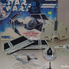 Figures and Dolls Star Wars - maqueta de 1989 de darth vader - 111826639