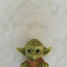 Figuras y Muñecos Star Wars: STAR WARS YODA ROLLINZ. Lote 116451168