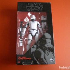 Figuras y Muñecos Star Wars: FIGURA STAR WARS FIRST ORDER FLAMETROOPER, DE HASBRO, 15 CM DE ALTURA, EN CAJA. Lote 112988263
