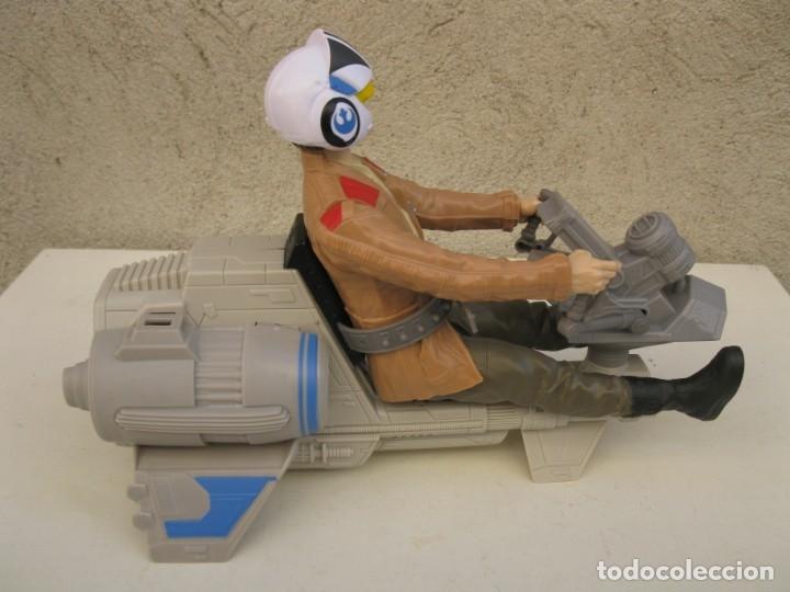Figuras y Muñecos Star Wars: POE DAMERON CON SPEEDER BIKE - MOTO JET - STAR WARS - HASBRO - LFL. - Foto 3 - 137425902