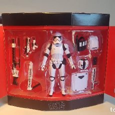 Figuras y Muñecos Star Wars: STAR WARS HASBRO BLACK SERIES DELUXE SET FIRST ORDER STORMTROOPER WITH GEAR, NUEVO SIN ABRIR. Lote 138861042