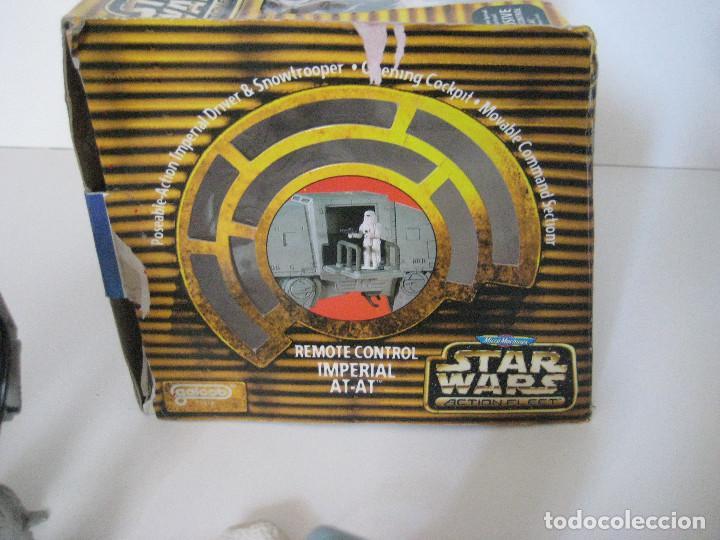 Figuras y Muñecos Star Wars: NAVE IMPERIAL AT-AT MICROMACHINES CON CAJA Y MANDO, BUEN ESTADO - Foto 4 - 140053342