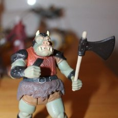 Figuras y Muñecos Star Wars: FIGURA STAR WARS GAMORREAN GUARD 1997 KENNER CHINA LFL CON ARMA. Lote 142482522