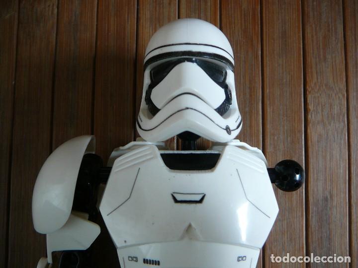 Figuras y Muñecos Star Wars: First order Stormtrooper Lego Star Wars 75114. Soldado Tropas de Asalto. Incompleto. - Foto 6 - 147761666