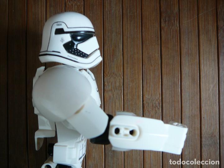 Figuras y Muñecos Star Wars: First order Stormtrooper Lego Star Wars 75114. Soldado Tropas de Asalto. Incompleto. - Foto 15 - 147761666