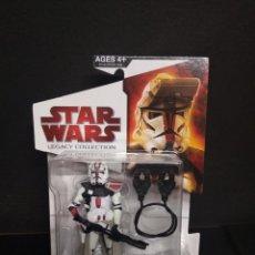 Figuras y Muñecos Star Wars: STAR WARS LEGACY COLLECTION - CLONE COMMANDER DEVISS - HASBRO. Lote 151317150