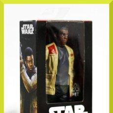 Figuras y Muñecos Star Wars: BLISTER STAR WARS FINN JAKKU 15 CM B6334 - DISNEY HASBRO - NUEVO. Lote 152892406