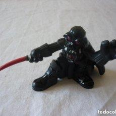 Figuras y Muñecos Star Wars: FIGURA DARTH VADER - STAR WARS - 6,5 CM. HASBRO 2006. Lote 155281626
