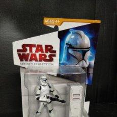 Figuras y Muñecos Star Wars: STAR WARS LEGACY COLLECTION CLONE TROOPER EL ATAQUE DE LOS CLONES - HASBRO - NUEVO. Lote 155873294