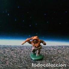 Figure e Bambolotti Star Wars: EWOK 3 DE 4 / STAR WARS VI / MICRO MACHINES MICROMACHINES / MINIATURA. Lote 156506194