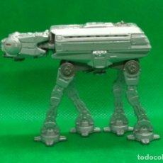 Figuras y Muñecos Star Wars: STAR WARS AT AT 1996 LFL. Lote 161455566