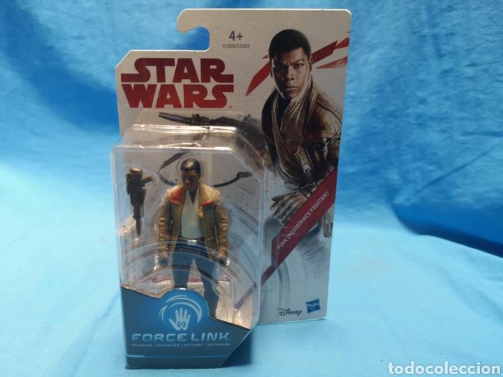 Figuras y Muñecos Star Wars: Muñeco star wars, force link , Finn ( resistance fighter) en su blister - Foto 2 - 163655080