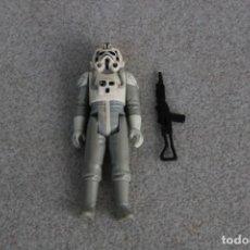 Figuras y Muñecos Star Wars: FIGURA ACCIÓN VINTAGE AT-AT DRIVER COMPLETO ARMA ORIGINAL RIFLE STAR WARS KENNER 1980 LFL HONG KONG. Lote 164615190