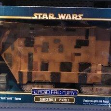 Figuras y Muñecos Star Wars: FIGURA SANDCRAWLER - STAR WARS DROID FACTORY - JAWA PLAYSET - CON LUCES Y SONIDOS - MUY RARO. Lote 165835028