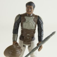 Figuras y Muñecos Star Wars: LANDO CALRISSIAN SKIFF GUARD COMPLETO Y ORIGINAL. Lote 166185062