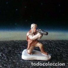 Figuras y Muñecos Star Wars: SOLDADO REBELDE DE HOTH 2 DE 4 / STAR WARS V / MICRO MACHINES MICROMACHINES / MINIATURA. Lote 195459310