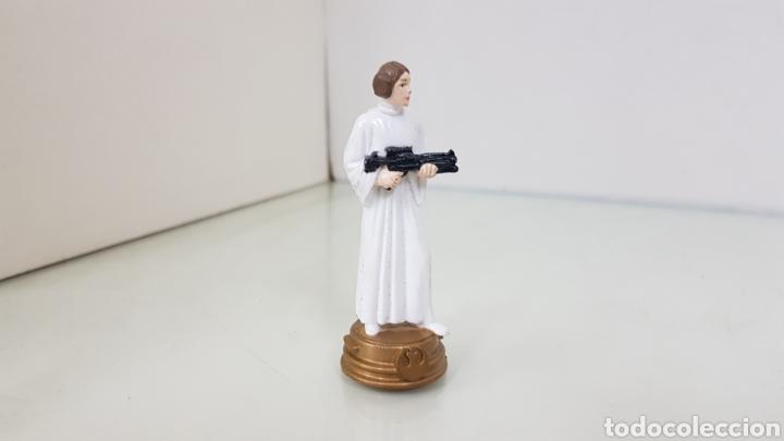 Figuras y Muñecos Star Wars: Figura de star wars de 8,5cms de la guerra de las galaxia princesa leya - Foto 4 - 177135320