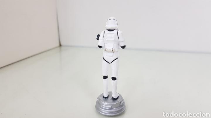 Figuras y Muñecos Star Wars: Figura de star wars de 8,5cms de la guerra de las galaxia startrooper - Foto 2 - 177136292
