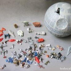 Figuras y Muñecos Star Wars: LOTE CON LA ESTRELLA DE LA MUERTE, NAVES Y FIGURAS DE MICROMACHINES - STAR WARS. Lote 177670979