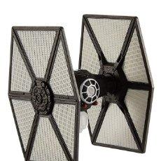 Figuras y Muñecos Star Wars: LOTE MAQUETA DEL ESPACIO - NAVE NUEVA STAR WARS DE HOT WHEELS - TIE FIGHTER FIRST ORDER . Lote 178210326