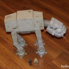 Figuras y Muñecos Star Wars: STAR WARS KENNER AT-AT WALKER 1981 VEHÍCULO INCOMPLETO COMMANDER DRIVER. Lote 178893538