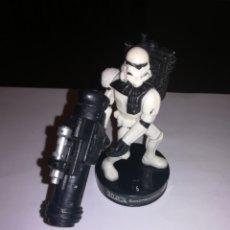Figuras y Muñecos Star Wars: STAR WARS FIGURA DE ACCION SOLDADO IMPERIAL 2005 HASBRO. Lote 179099590