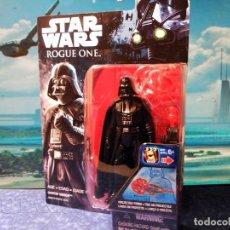 Figuras y Muñecos Star Wars: STAR WARS ROGUE ONE - DARTH VADER CON LANZADOR DE PROYECTIL - HASBRO (2016) - NUEVO. Lote 185902051