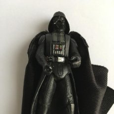 Figuras y Muñecos Star Wars: STAR WARS. DARTH VADER, CON CAPA DE TELA. JUGADO POR MI HIJO.. Lote 190625030