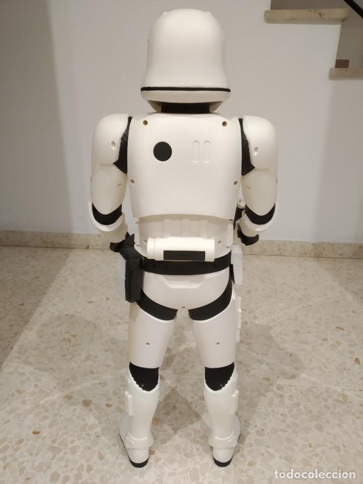 Figuras y Muñecos Star Wars: ENORME FIGURA STORMTROOPER -JAKKS PACIFIC- 80 CMS, STAR WARS: EL DESPERTAR DE LA FUERZA - Foto 7 - 191642287