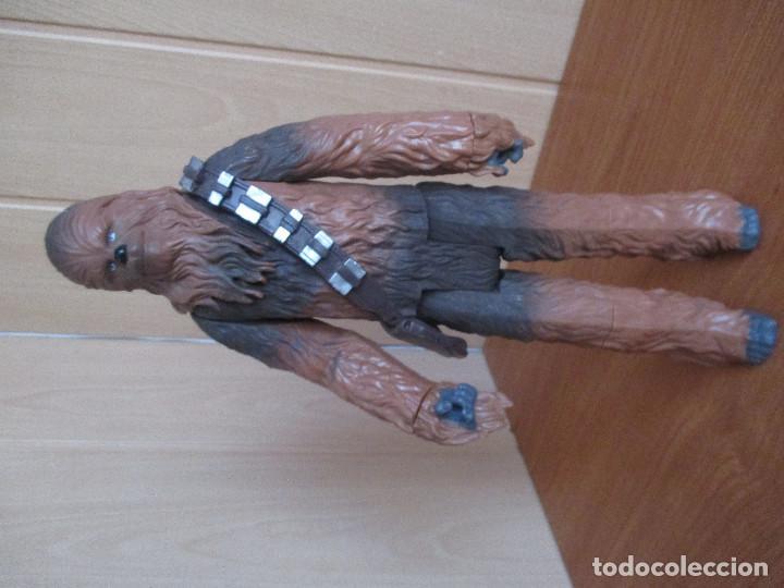 Figuras y Muñecos Star Wars: STAR WARS: PERSONAJE CHEWBACCA DE 33 CM ( LFL HASBRO ) - Foto 3 - 194492180