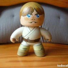 Figuras y Muñecos Star Wars: FIGURA LUKE SKYWALKER - STAR WARS - MIGHTY MUGGS. Lote 194576136