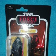 Figuras y Muñecos Star Wars: STAR WARS FIGURA KYLO REN VC117 VINTAGE COLLECTION. Lote 195057287
