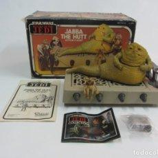 Figuras y Muñecos Star Wars: STAR WARS KENNER VINTAGE JABBA THE HUTT ACTION PLAYSET KENNER 1983 EN CAJA. Lote 195194423