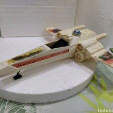 Figuras y Muñecos Star Wars: STAR WARS VINTAGE NAVE X-WING FIGHTER DE 1978. CON DAÑOS EN EL FUSELAJE DE LADERS.. Lote 195521041